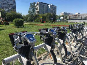 Увеличение станций аренды вызвало резкий рост поездок на велосипедах. Фото: Анна Быкова, «Вечерняя Москва»