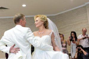 За два дня столичные ЗАГСы зарегистрировали более тысячи браков. Фото: Пелагия Замятина, «Вечерняя Москва»