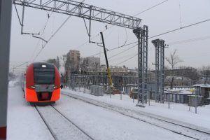 Москвичам порекомендовали перемещаться по городу на МЦК из-за снега. Фото: архив, «Вечерняя Москва»