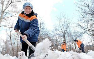 Снег вывезли с улиц района. Фото: Максим Аносов, «Вечерняя Москва»