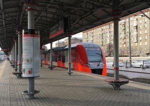 Бесплатные автобусы будут курсировать от станции МЦК до парка «Остров мечты». Фото: Анна Быкова