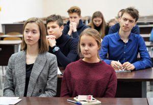 Интерактивные уроки о жизни Пушкина доступны для школьников в МЭШ. Фото: Денис Кондратьев
