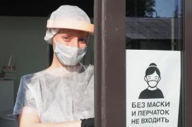 «Студию маникюра Лены Лениной» в ЦАО могут закрыть за нарушение антиковидных мер. Фото: Антон Гердо, «Вечерняя Москва»