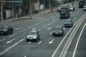 На шести участках магистралей в Москве появятся шумозащитные экраны. Фото: Анна Быкова